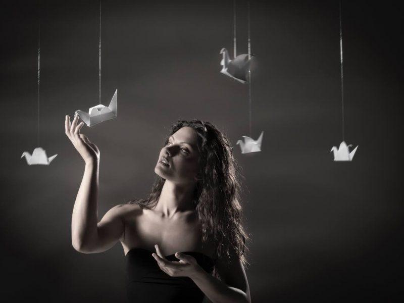 Ritratto fotografico con origami per sito istituzionale